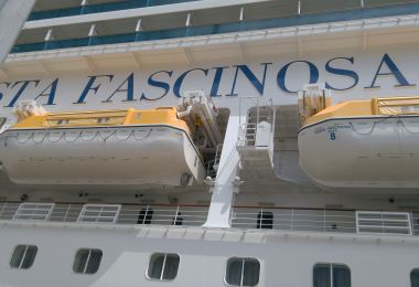 Visita a Cruceros Costa