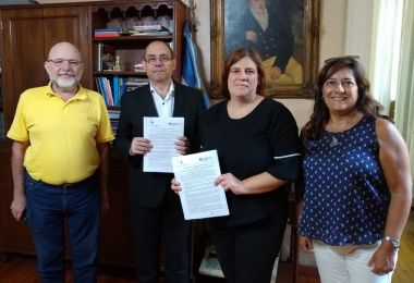 EAN y la UNR firmaron un convenio de cooperación que permite la creación de dos posgrados en negocios digitales